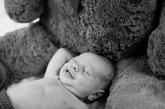 Newborn-baby shoot